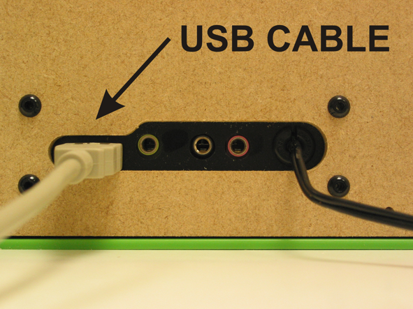 USB cable connection for simple music player